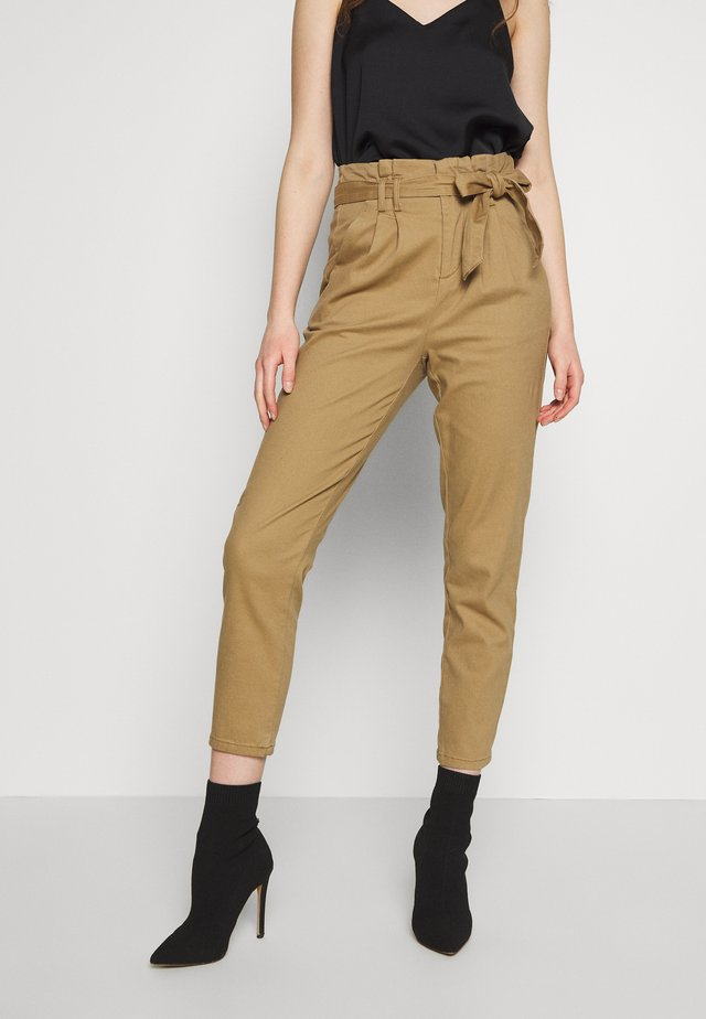 ONLPIXI PAPERBACK PANT - Pantalones - toasted coconut