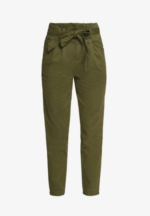 ONLPIXI PAPERBACK PANT - Spodnie materiałowe - kalamata