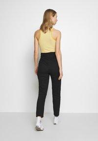 ONLY - ONLPIXI PAPERBACK PANT - Pantalon classique - black - 2