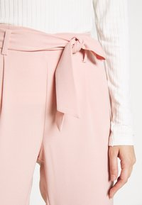 ONLY - ONLLAYLA RUNA LIFE SOLID PANT  - Pantalones - misty rose - 3