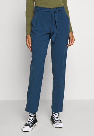 ONLLAYLA RUNA LIFE SOLID PANT  - Broek - insignia blue