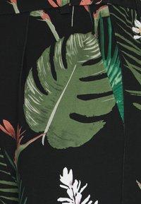 ONLY - ONLPOPTRASH EASY PRINT PANT - Pantalon classique - black - 2