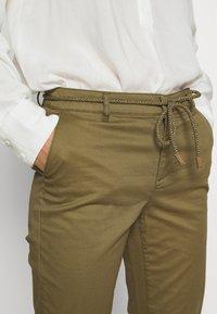 ONLY - ONLMAUDE BONACO CHINO PANT - Trousers - kalamata - 4
