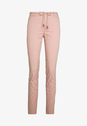 ONLMAUDE BONACO CHINO PANT - Kalhoty - misty rose