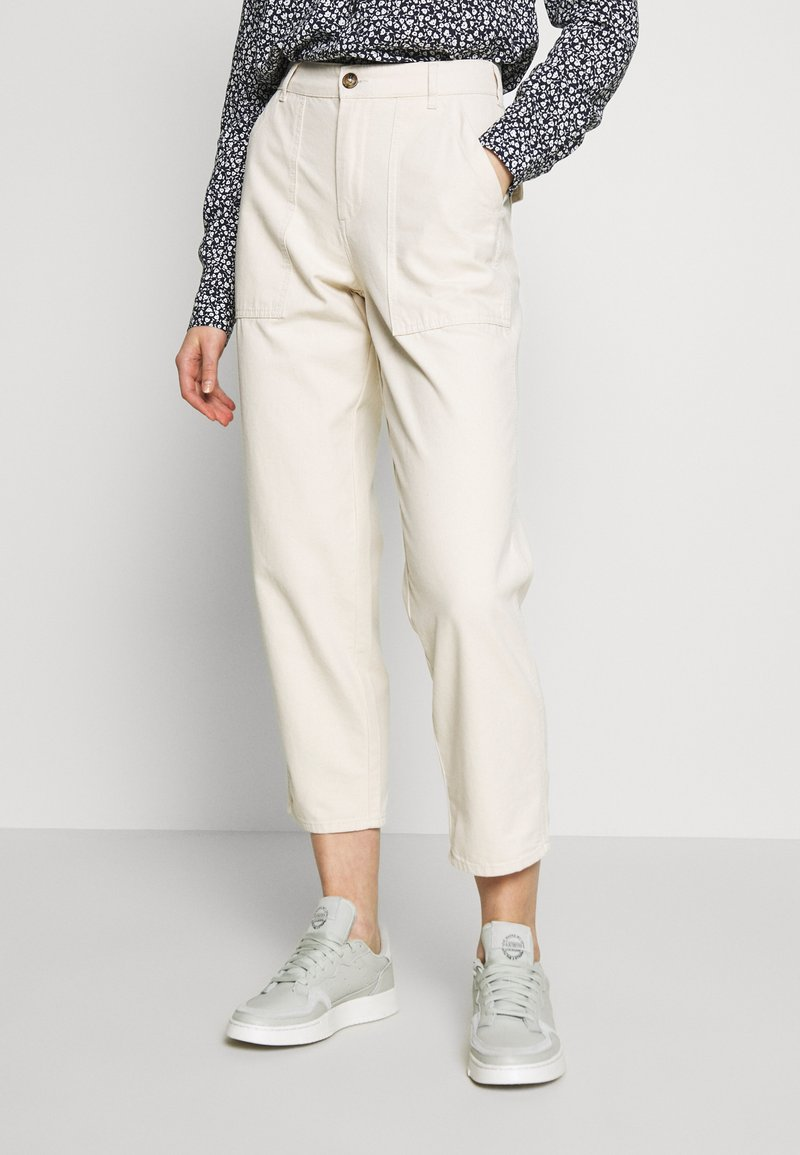 ONLY - ONLDAMIA KOMBAT LIFE BARREL - Trousers - whitecap gray