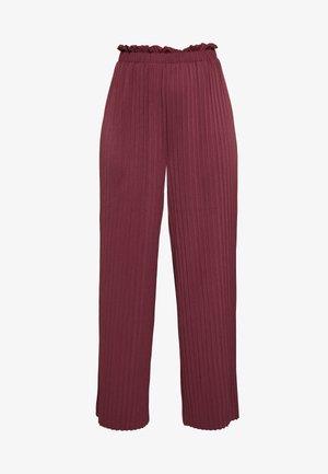 ONLELMA PLISSE PANT - Pantalon classique - fig