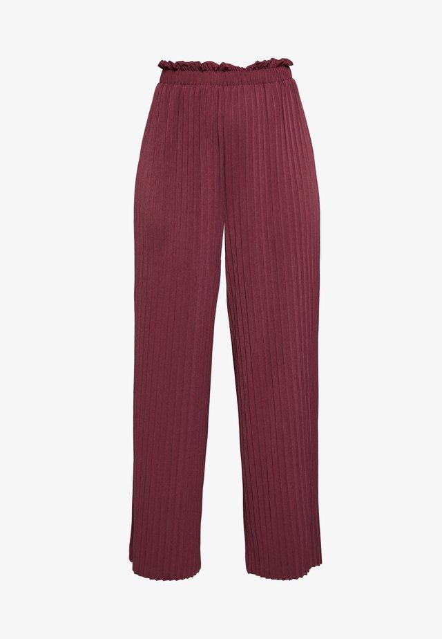 ONLELMA PLISSE PANT - Pantalones - fig