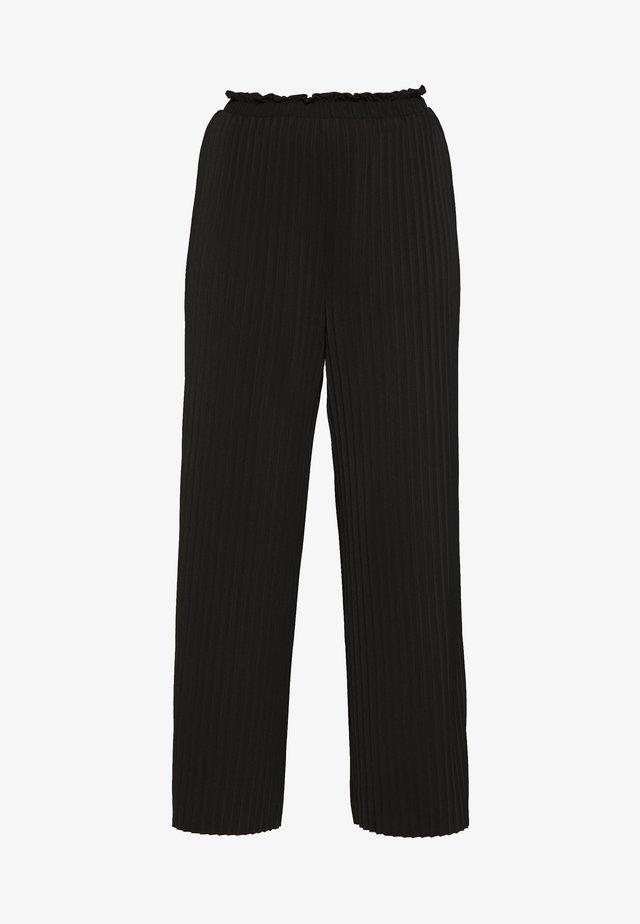 ONLELMA PLISSE PANT - Pantalones - black