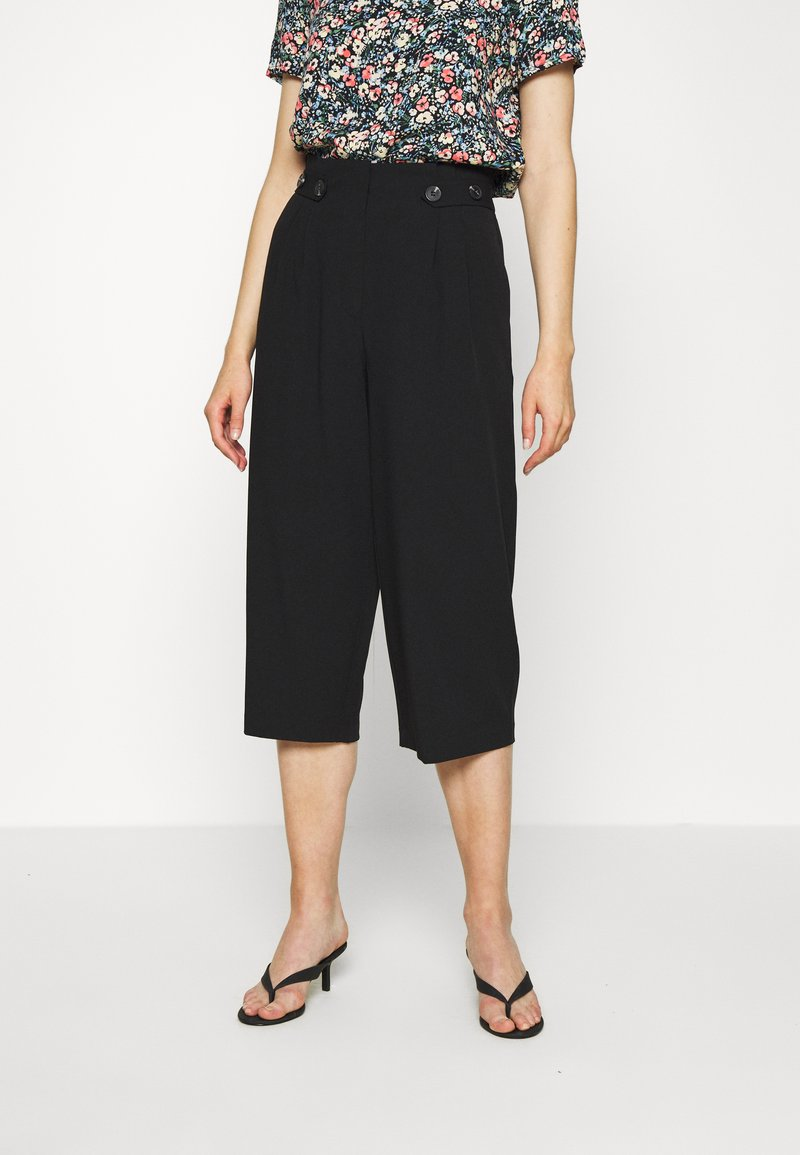 ONLY - ONLTHEIA JOURNEY LIFE CULOTTE - Trousers - black