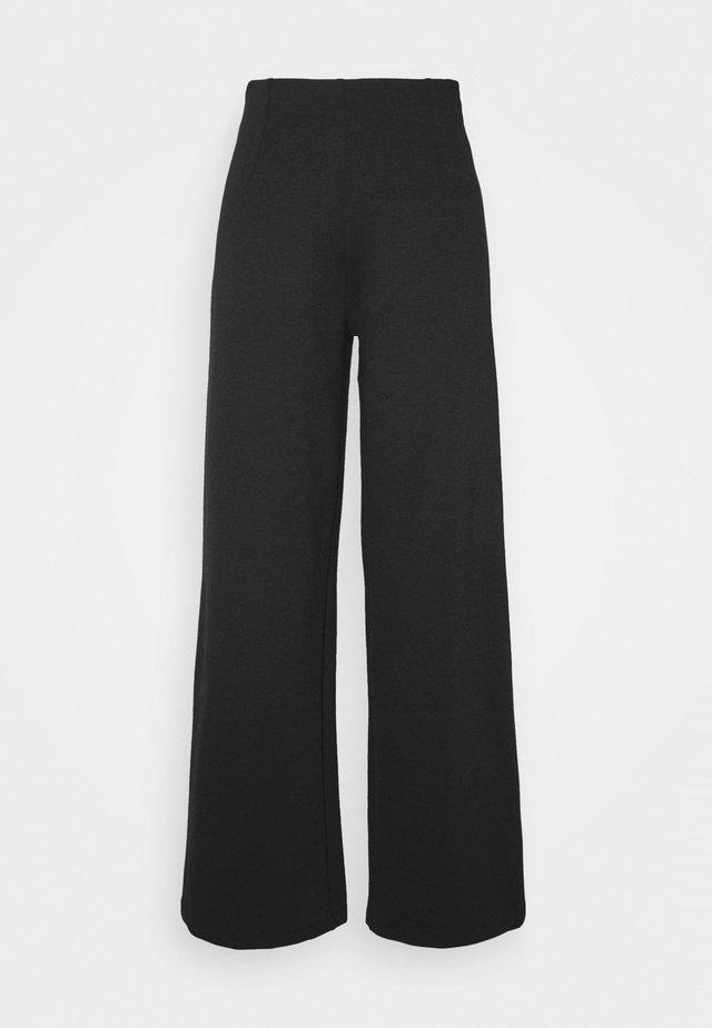 ONLFEVER CLARA PANT - Broek - black
