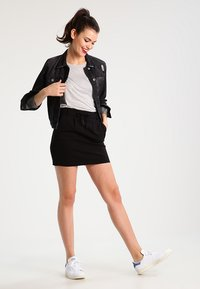 ONLY - ONLPOPTRASH - Pencil skirt - black - 1