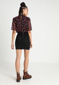 ONLY - ONLJULIE - Minifalda - black - 2