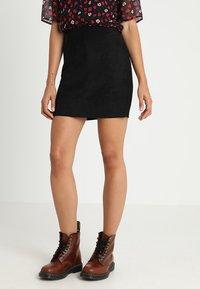 ONLY - ONLJULIE - Minifalda - black - 0