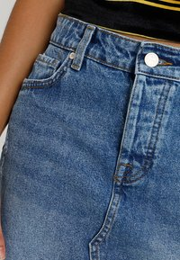 ONLY - ONLSKY SKIRT - Jeansskjørt - light blue denim - 4
