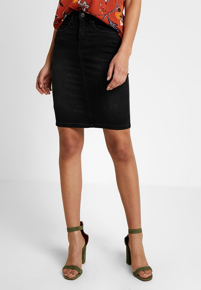 ONLFEXK KISS ME HIGH WAISTED SKIRT - Falda de tubo - black denim