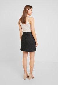 ONLY - ONLLISA SKIRT - Áčková sukně - black - 2