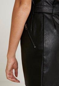 ONLY - ONLMETTE SHORT SKIRT - Falda de tubo - black - 7