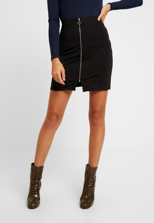 ONLTOVE SHORT SKIRT - Minifalda - black