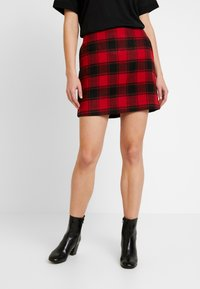 ONLY - ONLBRITNEY CIA MINI SKIRT - Minisukně - black/jester red - 0