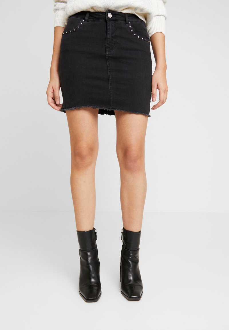 ONLY - ONLCORRY STUD SKIRT - Jeansrok - black denim