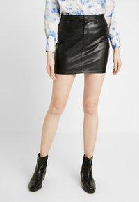 ONLY - ONLNORMA SKIRT - Minifalda - black - 0