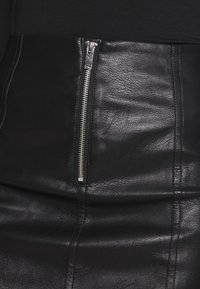 ONLY - ONLSKY FAUX - Minikjol - black - 4