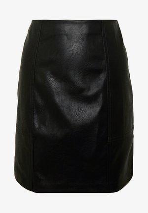ONLSKY FAUX - Minifalda - black
