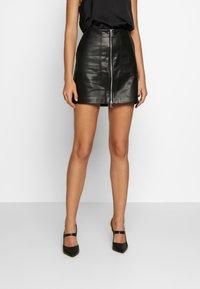 ONLY - ONLKYLIE MORGAN SKIRT - Minifalda - black - 0