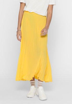ONLY MAXIROCK PLISSEE - A-line skirt - aspen gold
