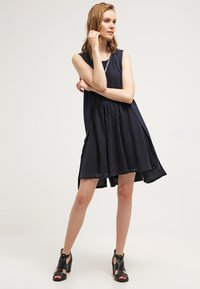 ONLY - ONLLINE  - Day dress - night sky - 1
