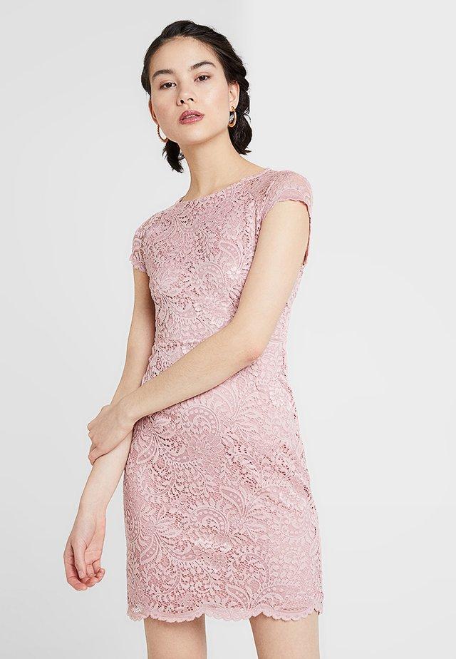 ONLSHIRA LACE DRESS  - Vestido de cóctel - pale mauve
