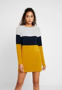 ONLY - NEW BLOCK DRESS - Jumper dress - chai tea/night sky - 0