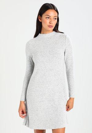 ONLKLEO - Pouzdrové šaty - light grey melange