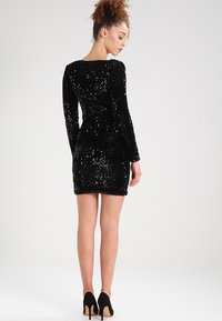 ONLY - ONLCONFIDENCE L/S BODYCON DRESS JRS - Cocktail dress / Party dress - black/sequins black - 2
