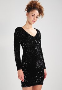 ONLY - ONLCONFIDENCE L/S BODYCON DRESS JRS - Cocktail dress / Party dress - black/sequins black - 0