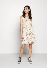 ONLY - ONLKARMEN SHORT DRESS - Day dress - creme brûlée/rose - 2