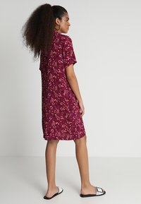 ONLY - ONLFIRENZE SHIRTDRESS  - Blusenkleid - red plum - 3