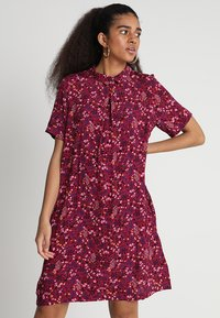 ONLY - ONLFIRENZE SHIRTDRESS  - Blusenkleid - red plum - 0