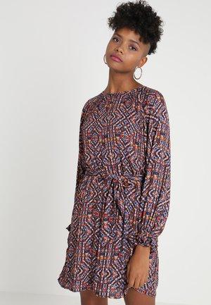 ONLLARA SHORT DRESS BOX - Robe d'été - misty rose