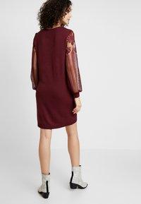 ONLY - ONLVIKTORIA DRESS - Robe pull - tawny port - 2