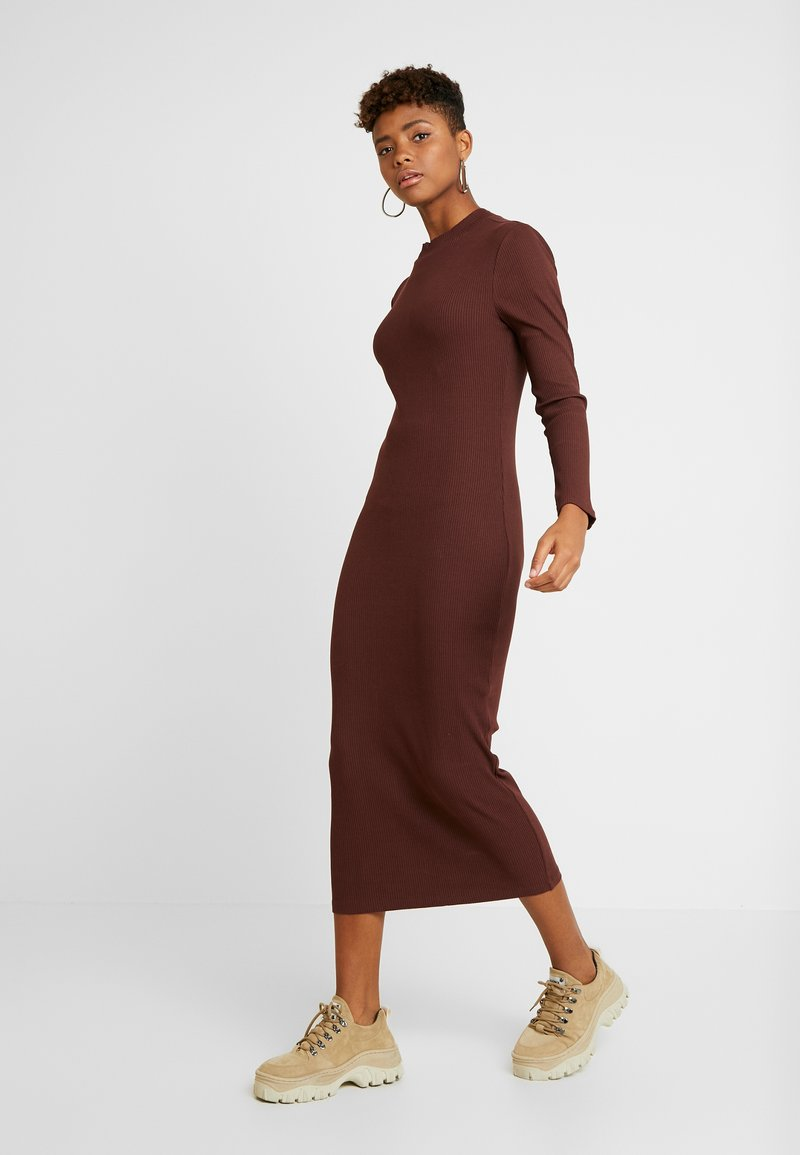 ONLY - ONLELLEN LONG DRESS  - Etuikjole - bitter chocolate
