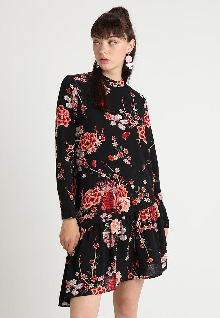 ONLY - ONLNOVA ELENA DRESS  - Freizeitkleid - black/peachy