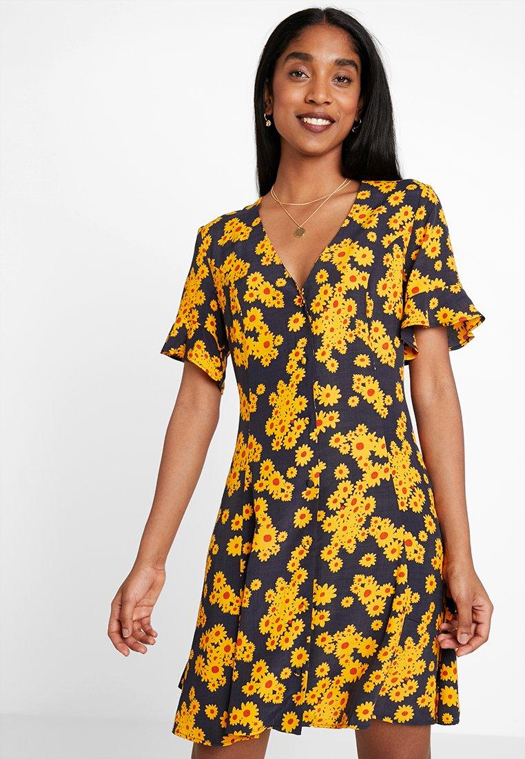 ONLY - ONLDAISY DRESS - Hverdagskjoler - black/yellow daisy