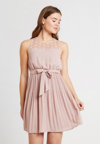 ONLY - ONLCAROLINA DRESS - Blousejurk - adobe rose - 3