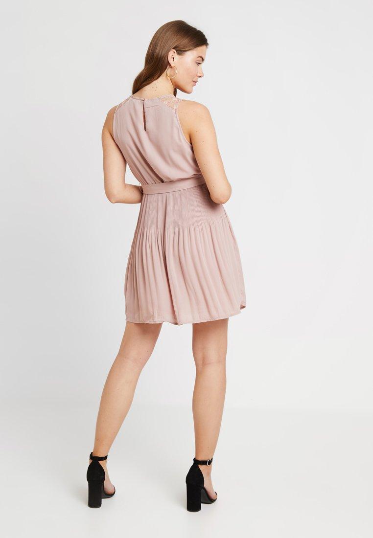 ONLY - ONLCAROLINA DRESS - Blousejurk - adobe rose