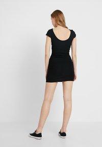 ONLY - ONLPABLO CAPSLEEVE DRESS - Shift dress - black - 2