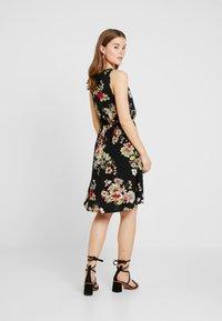 ONLY - ONLNOVA SARA DRESS - Korte jurk - black - 2
