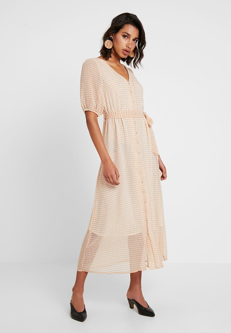 ONLY - ONLELLE CHECK CALF DRESS  - Maxikleid - cloud dancer