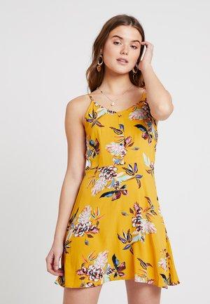 ONLLEAH SHORT STRAP DRESS - Robe d'été - golden yellow