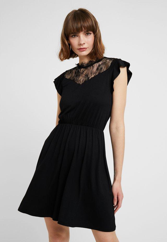 ONLAMILA CAP SLEEVE DRESS - Vestido ligero - black